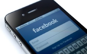 Come bloccare una persona su Facebook con iPhone